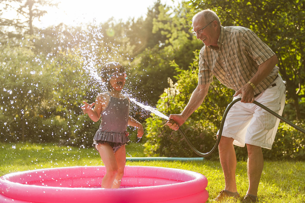 Things-Grandparents-Should-Never-Do